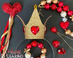 Glitter Hearts, Red Glitter, Ever After High, Queen Of Hearts Costume, Lace Crowns, Heart Crown, Diy Crown, Queen Crown, Alice In Wonderland Party