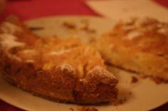 Torta di mele, la ricetta completa su aroundk.wordpress.com