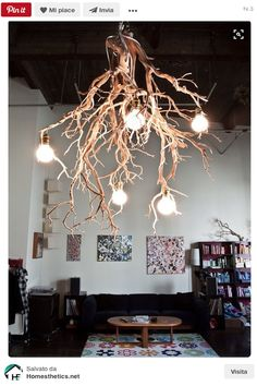 Lampadari fai da te: potere al riciclo creativo Lamp Light, Light Up, Arona, Garden Balls, Light Building, Wood Lamps, Cool Lighting, Rustic Industrial, Industrial Design