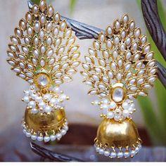 Unique Bridal Earrings Studs New Ideas Indian Jewelry Earrings, Indian Jewelry Sets, Jewelry Design Earrings, Gold Earrings Designs, Ear Jewelry, Gold Jewelry, Jhumka Designs, Gold Plated Jewellery, Designer Earrings
