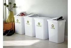 Decals to label recycling bins