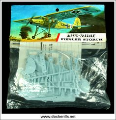 Airfix Fiesler Storch Fi 156 A Scale Kit. Vintage Models, Old Models, Airfix Models, Airfix Kits, Striped Bags, Thing 1, Toy Soldiers, Old Toys, Red Stripes