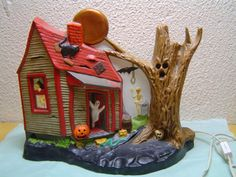 Vintage Halloween Collectible ~ Light-Up Haunted House * Black Cat, Ghost, Skeleton, Bat ©1979