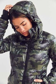 Puffy Jacket, Nylons, Down Parka, Snow Suit, Outdoor Woman, Jacket Style, Cool Girl, Windbreaker, Outfit Sets