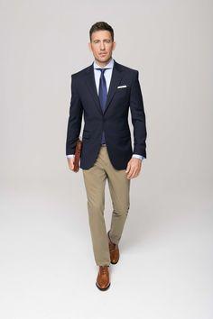 Smart Business – Sakko nach Maß mit Handytasche Intelligence is shown in the details. Men's Business Outfits, Business Casual Outfits, Blazer Outfits Men, Smart Casual Men, Suit Shoes, Jackett, Mens Fashion, Fashion Outfits, Gentleman Style