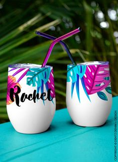 Personalized Wine Tumbler Bridesmaid Gift - Tropical Floral Wine Tumbler - Custom Tumbler with lid and straw Personalized Tumblers, Custom Tumblers, Wine Tumblers, Posca, Bottle Painting, Painted Pots, Partys, Pottery Painting, Bridesmaid Gifts