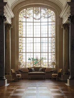 Shangri-La Hotel, Paris. love the window