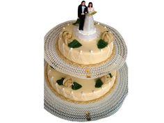 Bruidstaart Chipolata 2 Etages. Een biscuit gevuld met chipolata vulling. Afgewerkt met marsepein en versieringen. #biscuit #bruidstaart #trouwen #chipolata #marsepein