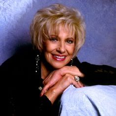 """Tammy Wynette -- (1942-1998). Country music Singer-songwriter. She sang """"Stand by Your Man"""". She died while sleeping on her couch from a Blood Clot in her Lung."""