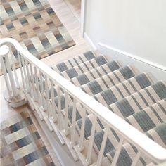 How to Choose a Runner Rug for a Stair Installation. A stair runner automatically elevates the look of almost any hallway! Check out our tips for choosing the best rug for your stairs: Sisal Stair Runner, Staircase Runner, Stair Runners, Hallway Carpet Runners, Carpet Stairs, Hallway Runner, Stair Runner Installation, Carpet Installation, Royal Dutch