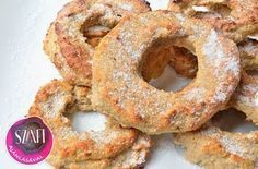 Kókuszos-fahéjas almakarika Healthy Sweets, Healthy Recipes, Healthy Meals, Skinny Recipes, Onion Rings, Sweet Life, Atkins, Get In Shape, Bagel