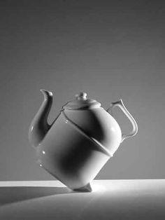 Ronnefeldt 'titling' teapot