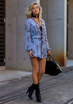 5. O vestido do dia vai pra noite numa boa, é só adicionar botas + uma gargantilha power