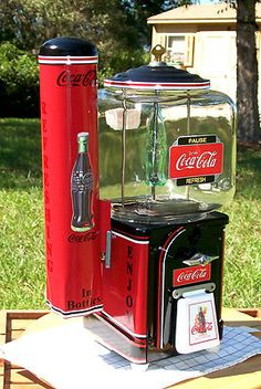 Vintage 1940's Victor Brand COCA COLA Gumball Peanut and Candy Vending Machine