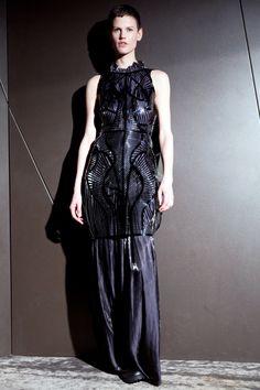 Womenswear   Iris van Herpen