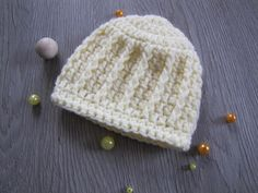 Baby Knitting Patterns Hat Baby hat, very easy free crochet tutorial, tutorial # baby hat Crochet Baby Beanie, Baby Beanie Hats, Knit Baby Booties, Baby Knitting Patterns, Baby Patterns, Crochet Patterns, Free Knitting, Easy Knit Hat, Knitted Hats