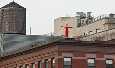 picoftheweek - in memory of choreographer Trisha Brown who passed away aged eighty. The picture shows « Roof Piece », performed on roofs surrounding the southern end of the High Line, New York. Via Observer © Lev Radin