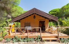Dehesa de las Yeguas ligt midden in een natuurpark op 10 minuten rijden van Cádiz. Je kan er verblijven in één van de drie luxe safaritenten.Top bestemming!