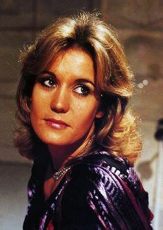 Sally Knyvette, Sci Fi Tv Series, Drama Teacher, Survival Life Hacks, Old Tv Shows, English Actresses, S Girls, Avon, 1970s