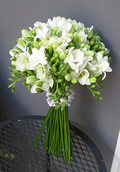 gorgeous bouquet of white freesias, perfect for a summer wedding when they are in season. An affordable summer wedding bouquet Green Flowers, White Flowers, Beautiful Flowers, Green And White Wedding Flowers, Simple Flowers, Flowers Garden, Bouquet Bride, Bridesmaid Bouquet, Bouquet Wedding