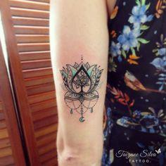 Lótus delicada da Gabrielle! #lotustattoo #lotusfineline #tattoo #tatuagemdelicada