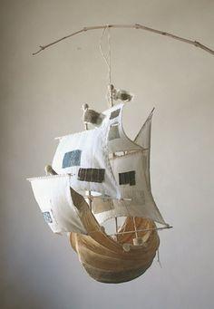 Barco de papel mache