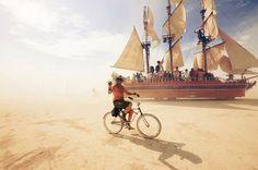 18 photos incroyables du festival le plus déjanté de la planète