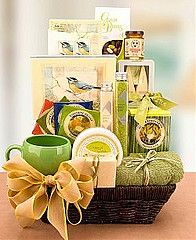 34 auction basket ideas