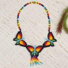 Jewelry Art, Beaded Jewelry, Macrame Necklace, Pendant Necklace, Beaded Necklaces, Native American Artwork, Native American Beadwork, Beaded Necklace Patterns, Beading Patterns