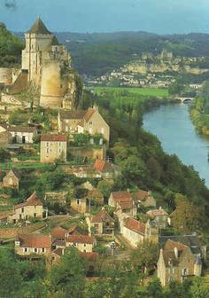 Things to do in Perigord Noir - you'll be spoiled for choice in this gorgeous region of France with its dramatic hill top villages, 1001 castles and more. Austria Travel, France Travel, Places To Travel, Places To See, Travel Stuff, France Destinations, Travel Destinations, Aquitaine, La Dordogne
