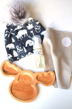 Best baby gift Baby shower gift New baby Baby items Cute baby clothes What do I️ need for baby Toddler Fashion, Kids Fashion, Baby Shower Gifts, Baby Gifts, Let Them Be Little, Children's Boutique, Baby Needs, Cute Baby Clothes, Vernon