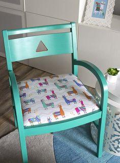 Chair makeover with a llama theme Alpacas, Llama Decor, Bedroom Themes, Bedroom Designs, Girls Bedroom, Chair Makeover, Big Girl Rooms, Chair Fabric, Classroom Themes