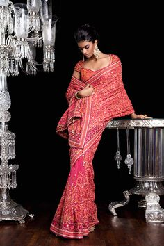 Gorgeous Indian/SouthAsian Bridal Couture by http://www.TarunTahiliani.com/couture-bridal-services#prettyPhoto