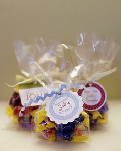 Simple gift idea, for a teacher or class party favor - Jolly ranchers with tag that says have a Holly Jolly Christmas.