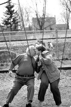 """Now these two really know how to """"Swing""""!"""