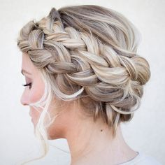 Instagram media by hairandmakeupbysteph - Thick halo braid. #hairandmakeupbysteph