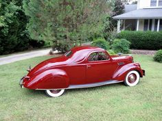 '37 Lincoln Zephyr Coupe