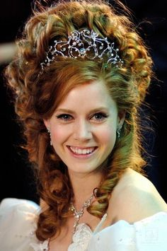 *GISELLE (played by: Amy Adams) ~ Enchanted, 2007