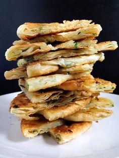 The Cooking of Joy: Bacon Fat Scallion Pancakes Vegetarian Pancakes, Vegetable Pancakes, Vegetarian Recipes, Healthy Recipes, Healthy Food, Scallion Pancakes, Butter Pasta, I Chef, Bon Appetit