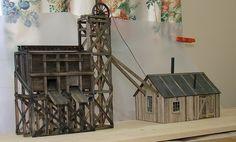 Little Creek Mining - Kit Building - Model Railroad Forums - Freerails Escala Ho, Ho Model Trains, Standard Gauge, Model Train Layouts, Small Shelves, Train Set, Layout Inspiration, Model Building, Classic Toys