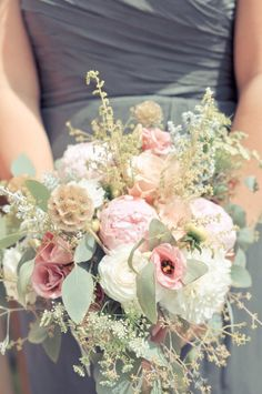 Love the tones of the bouquet