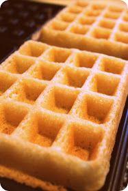 Swavory Stuff: soft & crispy gluten-free waffles