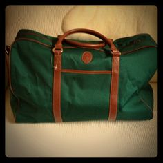 ❤ Get Ready to Travel...light weight carry-all/on Hunter green canvas with brown trimming and handles include a long strap too. Brand New, roomy, light, soft and very chic for traveling, gym, camping...or in the back of your cute convertible... ❤ Ralph Lauren Bags
