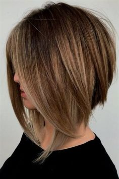 Popular angled bob hairstyles for women you need to wear these days . - Popular angled bob hairstyles for women you need to wear nowadays nail art - Popular Short Haircuts, Short Bob Hairstyles, Layered Hairstyle, Inverted Bob Haircuts, Medium Bob Haircuts, Bobbed Haircuts, Bob Style Haircuts, Graduated Bob Haircuts, Ladies Hairstyles