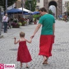 Para apoiar o filho de cinco anos que prefere usar vestidos, um pai, morador de uma pequena cidade da Alemanha, passou a usar saias enquanto leva o menino ...