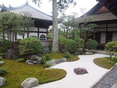 お寺や神社に泊まってみない?非日常体験ができる京都の宿坊3選 | RETRIP