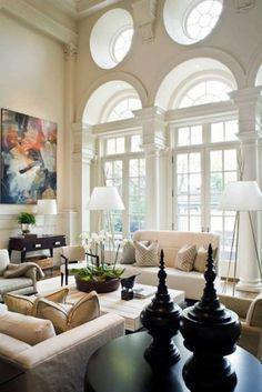 Arredare una casa con i soffitti alti - Stampe sul muro