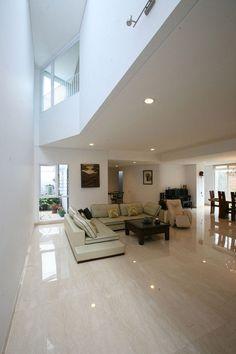 shiny floors <3