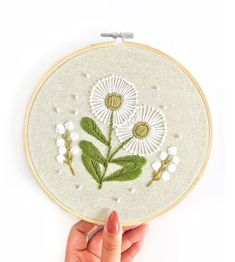 Beautiful stitches inspired by spring! By @harvestmooncreative For more embroidery inspiration, visit DMC.com to find our 1000+ FREE patterns! Modern Embroidery, Embroidery Hoop Art, Pattern Design, Free Pattern, Floral Hoops, Patch Design, Embroidery Patches, Sewing Crafts, Needlework