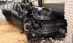 Subaru 'voador' atingiu uma oficina de funilaria - Foto: Reprodução